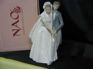 NEW IN BOX STUNNING NAO Lladro 1247 UNFORGETTABLE DANCE Bride Groom