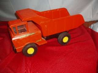 VINTAGE NYLINT HYDRAULIC PRESS STEEL DUMP TRUCK