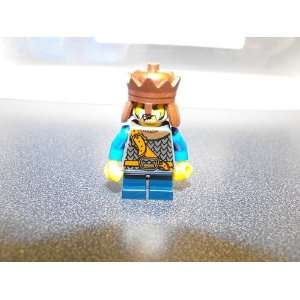 Lego Castle King Mini figure WITH COPPER CROWn sold loose